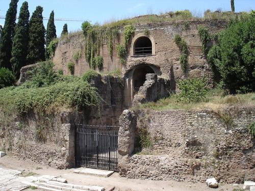 800px-Roma-mausoleo_di_augusto
