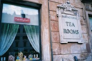 1024px-Babington's_tea_rooms