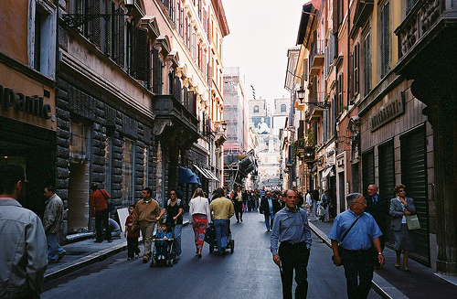 Vie-dello-shopping-a-Roma